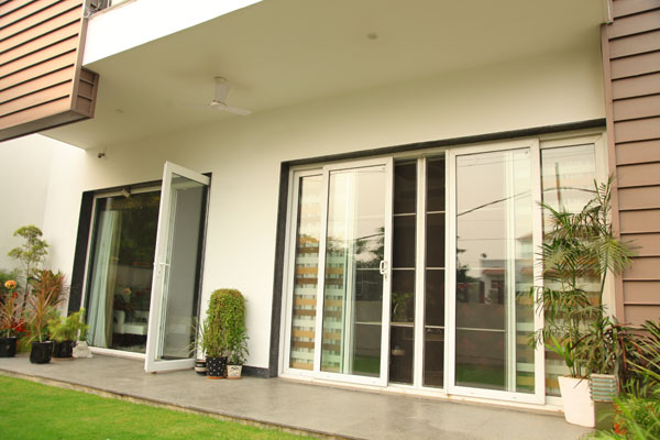 Soundproof windows and door